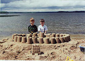 Building a sandcastle at Tepee-Tonka Resort